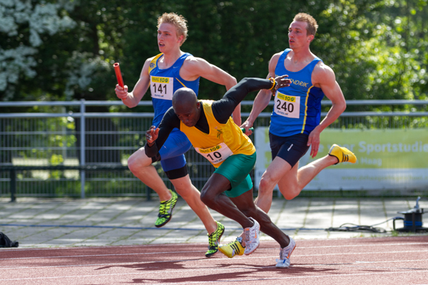 Athletes - Mens 4 x 100 m relay (estafette). Nederlands Kampioenschap Teams Senioren 2013